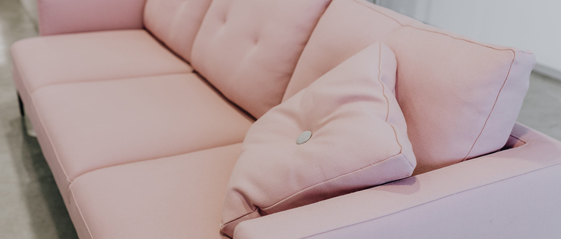 white sofa cleaning